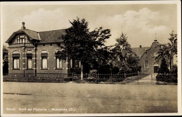 Postcard Midwolda Groningen Niederlande, Geref Kerk en Pastorie